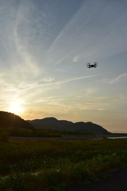 姫川を空撮中