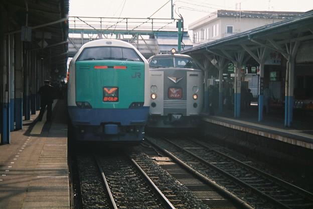 485系とJR西日本 485系