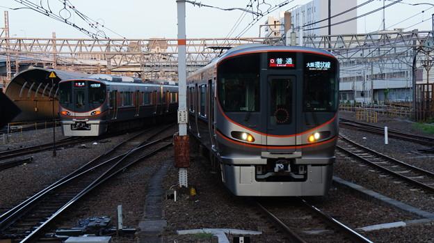 323系 LS02とLS07