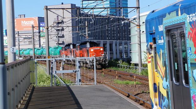 あおなみ線 1108FとDD51 1028