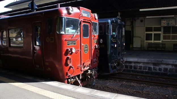 JR九州 キハ47 9082とキハ47 9051