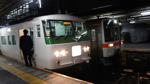 185系 B7とJR東海 311系 G