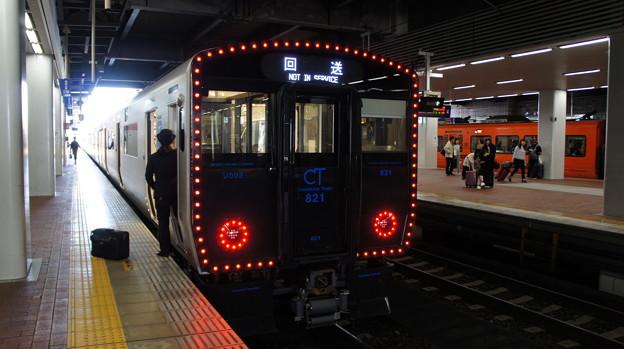 JR九州 821系 UM002