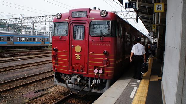 JR四国 キロ47 1401
