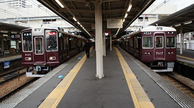 阪急8000系 8020Fと7000系 7017F