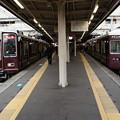 Photos: 阪急 8000系 8020Fと7000系 7017F