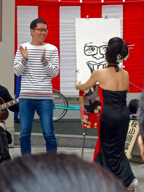 大須大道町人祭 2015 No - 20:似顔絵エンターテイメント「桜小路富士丸」さんのパフォーマンス