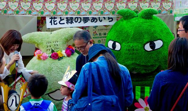 名古屋まつり 2015 久屋大通公園 No - 38:会場にいた「モリゾー」と「キッコロ」