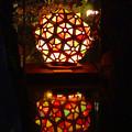 写真: 白鳥庭園「紅葉ライトアップ 2015」No - 220:凸凹したボール状の美濃和紙あかりアート