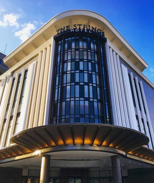 写真: ささしまライブ24:ストリングスホテル名古屋の入口上部 - 2