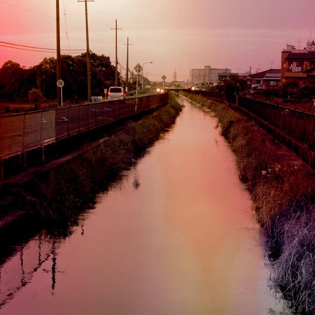 夕暮れ時の新木津用水 - 3:フィルター