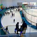 結構賑わってたモリコロパークのアイススケート場 - 3