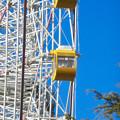 下から見上げたモリコロパークの大観覧車 - 1