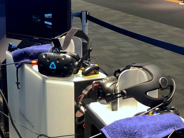 写真: VR ZONEエアポートウォーク No - 3:HTC Vive