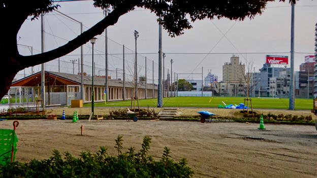 陸上競技場跡に整備中の「テラスポ鶴舞(鶴舞公園スポーツコミュニティセンター)」 - 7