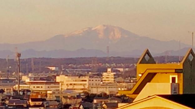 県営岩崎住宅(岩崎団地)から見えた、雪を戴く御嶽山 - 12