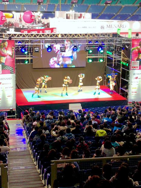 マラソン EXPO 2018 No - 12:ステージにドアラ