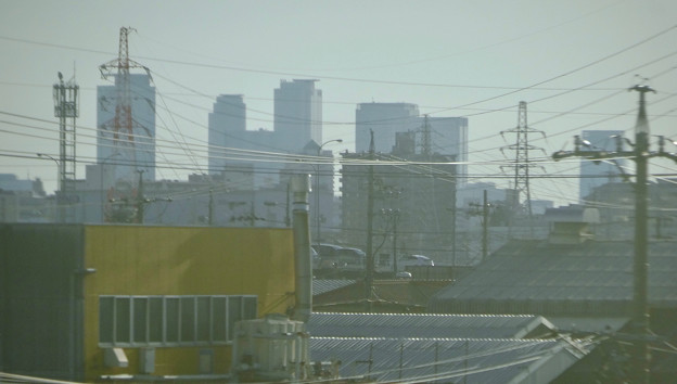 JR中央線の車内から見た名駅ビル群 - 1