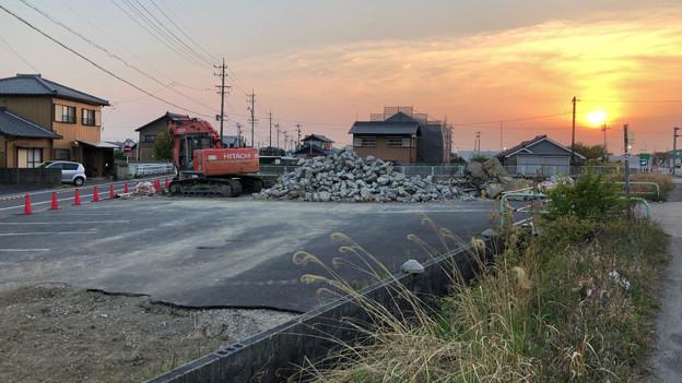 落合公園近くの中華料理屋の建物が解体 - 1