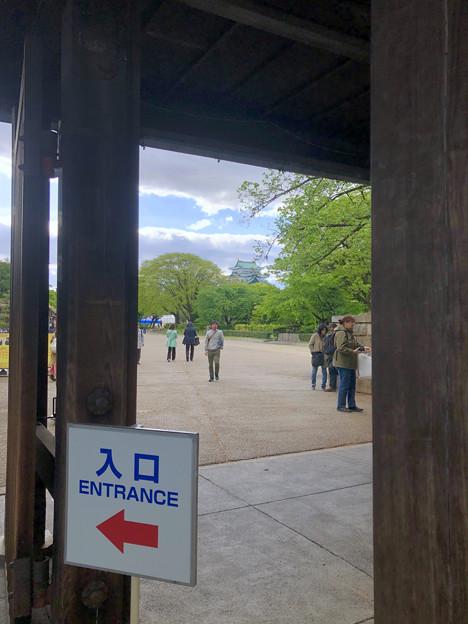 名古屋城東門から見た天守閣 - 2(iPhone 8で撮影)