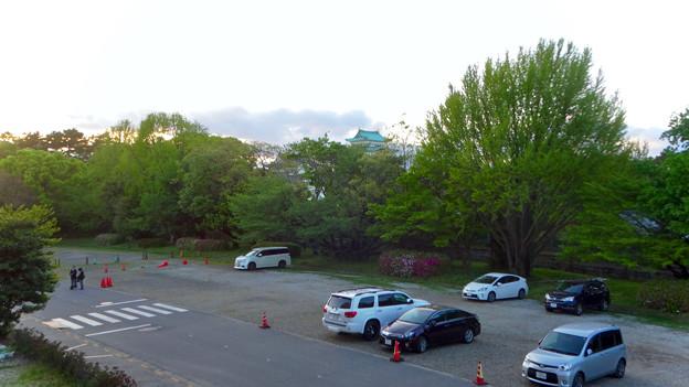 愛知県体育館2階から見た名古屋城天守閣 - 1
