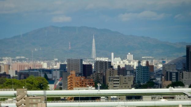 名古屋城天守閣から見た景色 - 11:名古屋高速越しに見た瀬戸デジタルタワー
