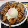 写真: 吉野家:鶏すき丼(お新香味噌汁セット) - 2