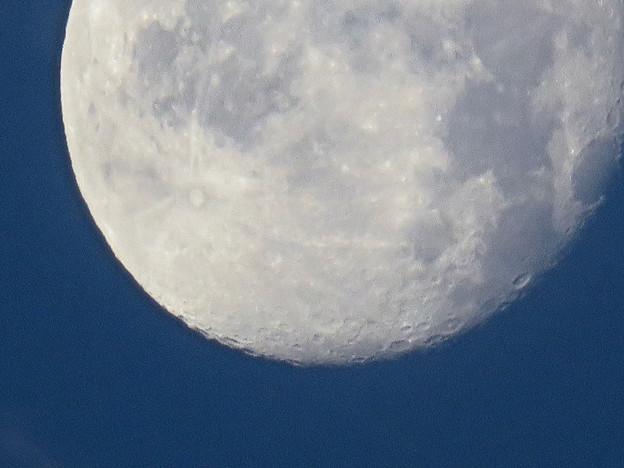 WX3000よりくっきり見えた、SX730 HSデジタル160倍で撮影した早朝の満月 - 4