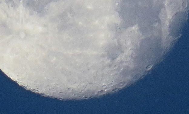 WX3000よりくっきり見えた、SX730 HSデジタル160倍で撮影した早朝の満月 - 5:クレーター
