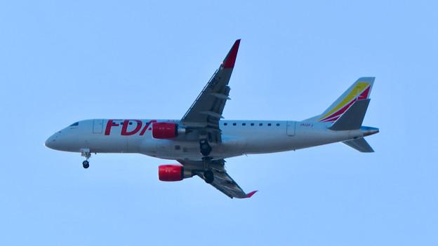 一瞬MRJ…かと思ったら、FDA旅客機 - 4