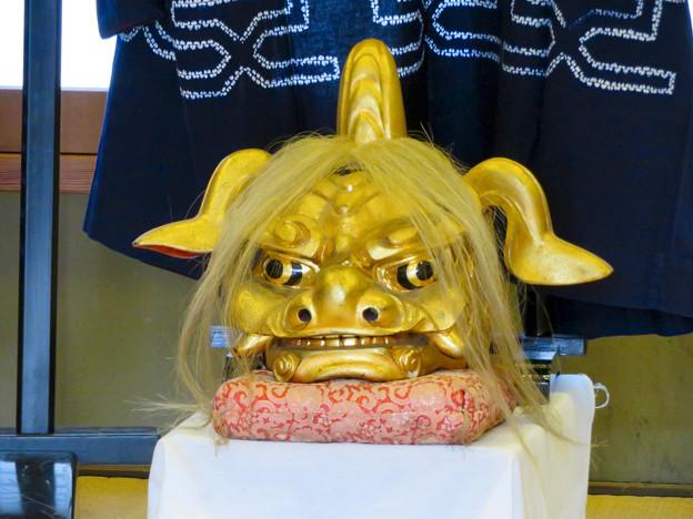有松絞りまつり 2018 No - 48:有松山車会館の黄金の獅子舞の獅子頭?