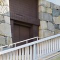 耐震性に問題あるため閉鎖された名古屋城天守閣入り口(※木造復元とは関係なし) - 3