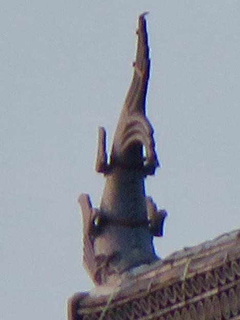 様々な角度から見た犬山城に新たに設置されたシャチホコ - 2