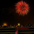潮見埠頭に架かる橋の上から見た名古屋みなと祭の花火 - 38