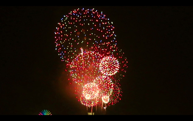 潮見埠頭に架かる橋の上から見た名古屋みなと祭の花火 - 55