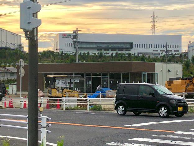国道155号の新大草橋西交差点にファミマが建設中!9月オープン! - 2