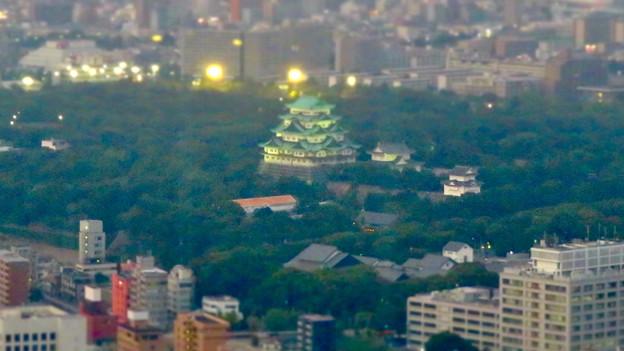 SX730HS ミニチュアライズ:スカイプロムナードから見た夜景 - 2(名古屋城)