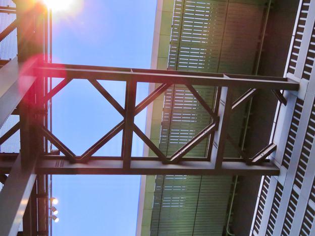 ミッドランドスクエア「スカイプロムナード」の天井部 - 2