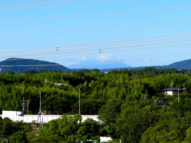 落合公園 水の塔から見た景色 - 1:雲がかかってた御嶽山