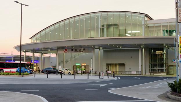 夕暮れ時のJR春日井駅 - 2