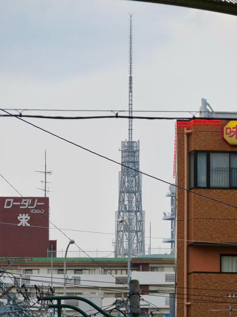 大須商店街アーケード内から見えた名古屋テレビ塔 - 4:頭頂部