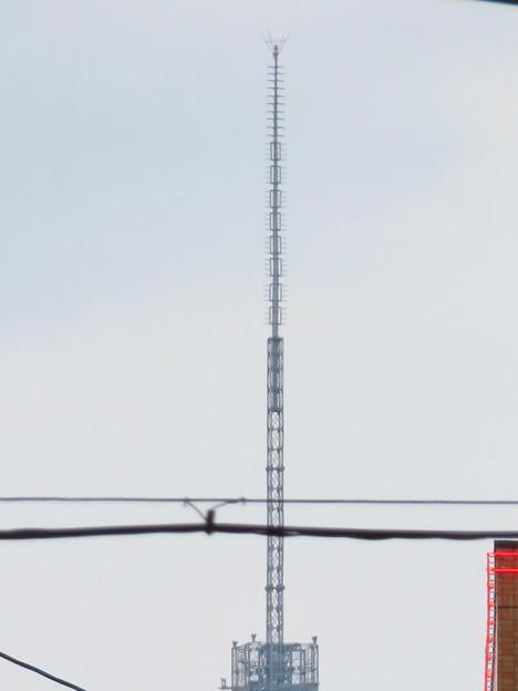 大須商店街アーケード内から見えた名古屋テレビ塔 - 5:頭頂部