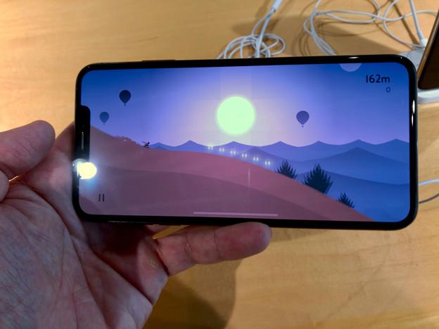 iPhone XS Max No - 5:ゲームをランドスケープモードで表示