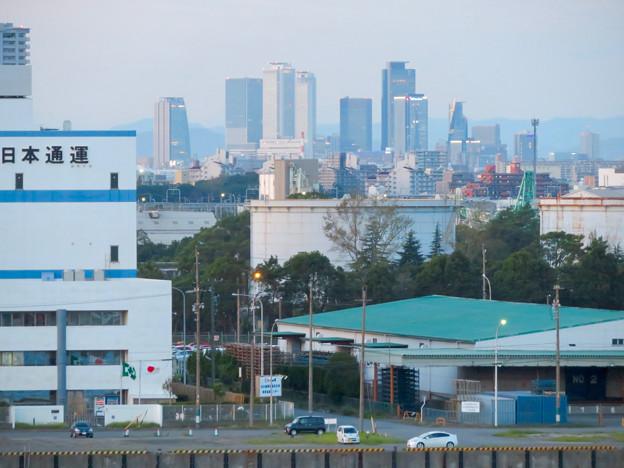 金城ふ頭駐車場から見た景色 - 3:名駅ビル群とグローバルゲート