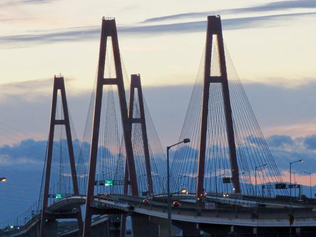 金城ふ頭駐車場から見た景色 - 14:名港西大橋