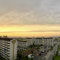 写真: 夕日に向かってまっすぐ伸びていた雲 - 1