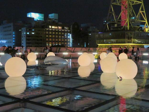 写真: 沢山の人が記念撮影してたオアシス21「水の宇宙船」 - 6