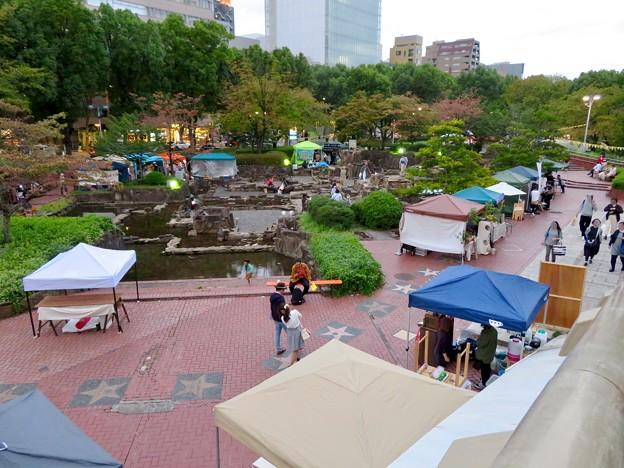 Social Tower Market 2018 No - 31