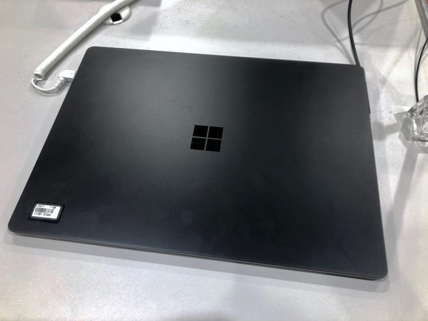 Suraface Laptop Blackモデル No - 1