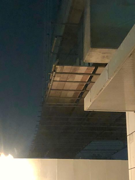 写真: 桃花台線の桃花台東駅周辺撤去工事(2018年10月22日):片側高架の撤去作業が開始 - 4
